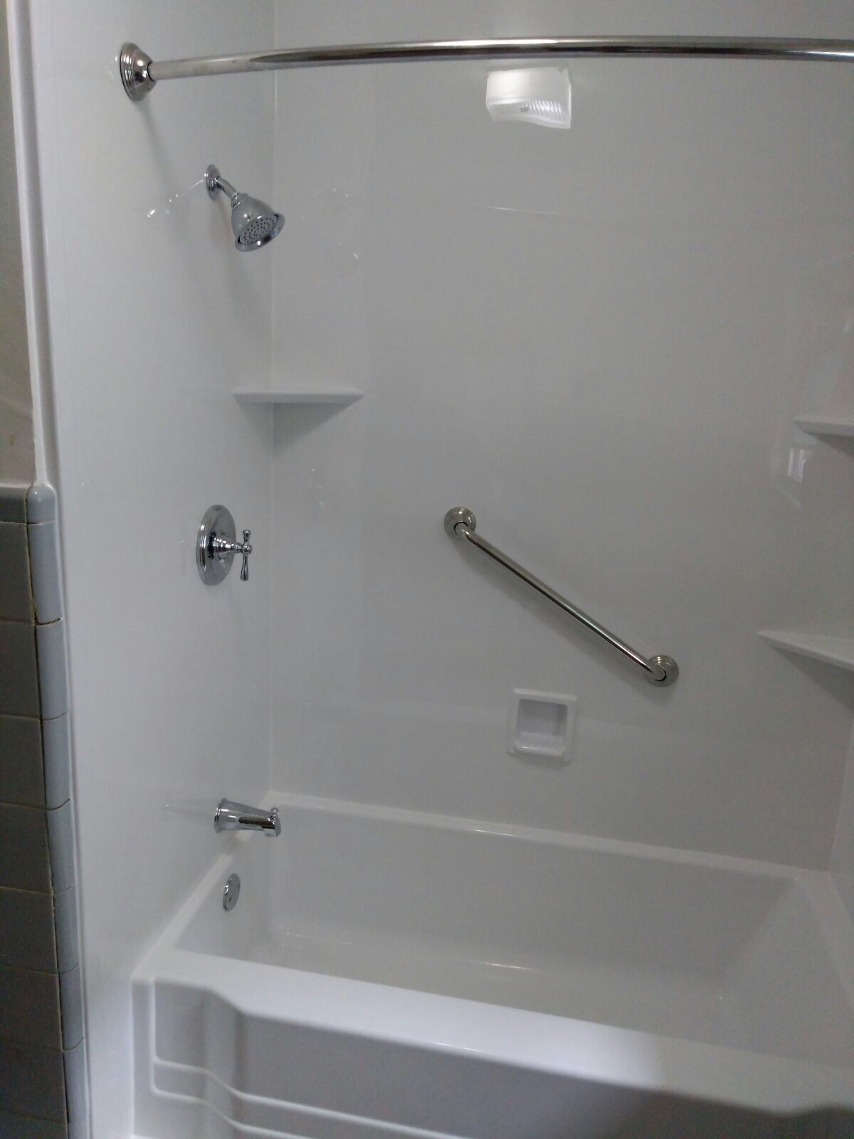 Bathtub liner jersey city new jersey new jersey for Bathtub liner problems