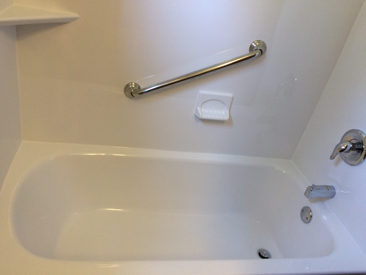 Tub replacement acrylic liner walls new fixtures for Bathtub replacement liner